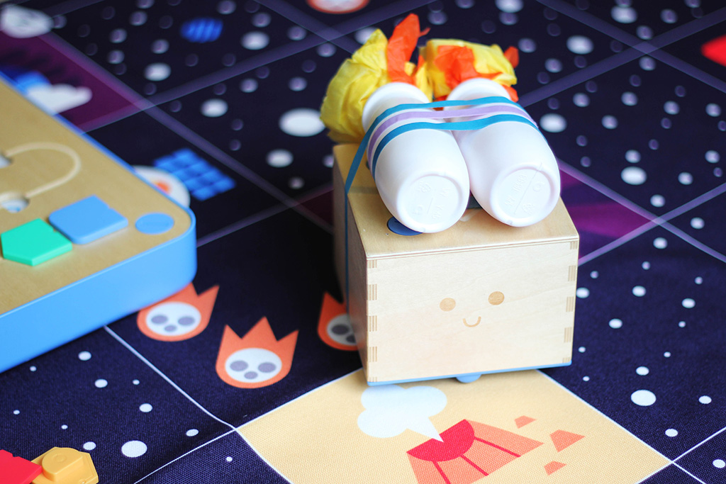 primo cubetto activity on space adventure pack