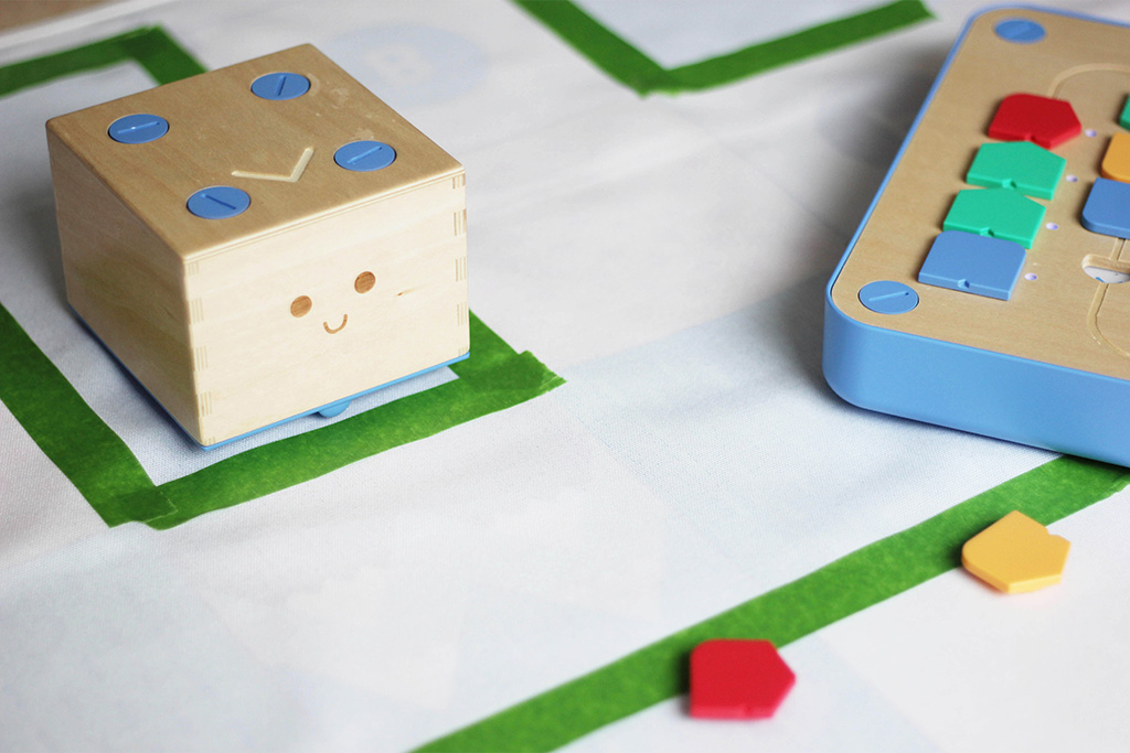 cubetto activity adventure maze
