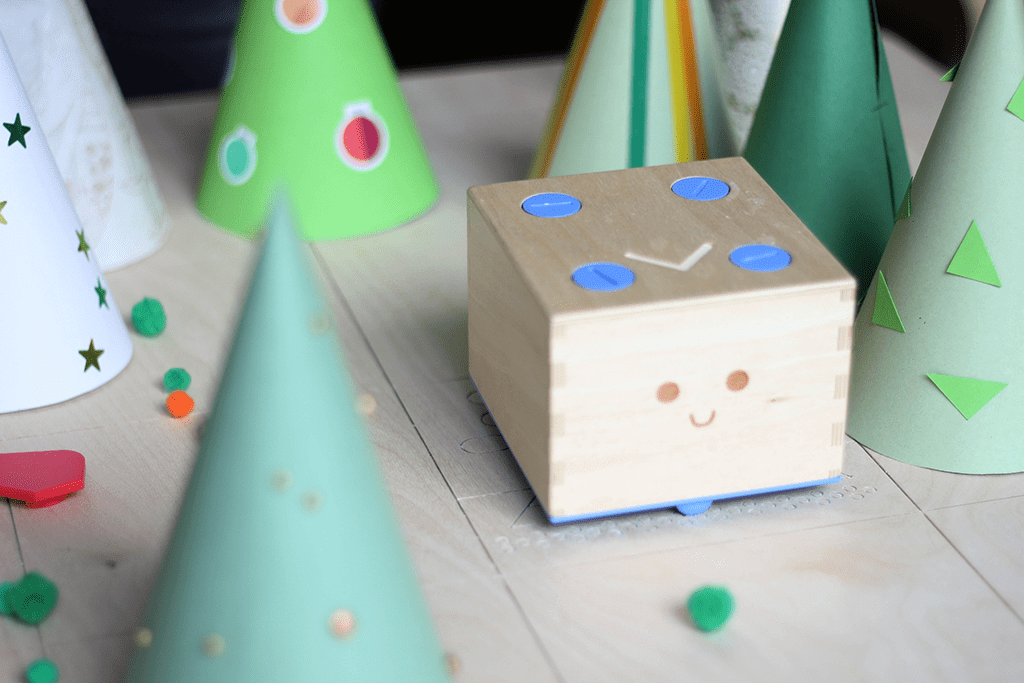 cubetto wooden toy robot activity scandi tree