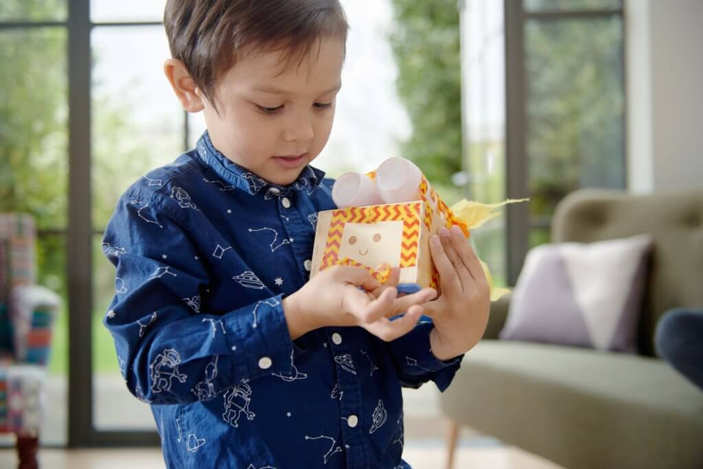 Cubetto, the smart toy for kids. Geek toys for kids.