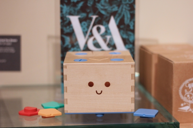 Cubetto teams up with the V&A for workshop series - June 2016