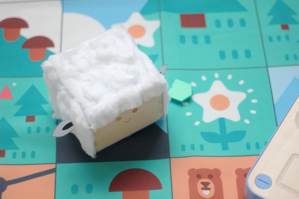 Activity | Make a Lamb Costume for Cubetto