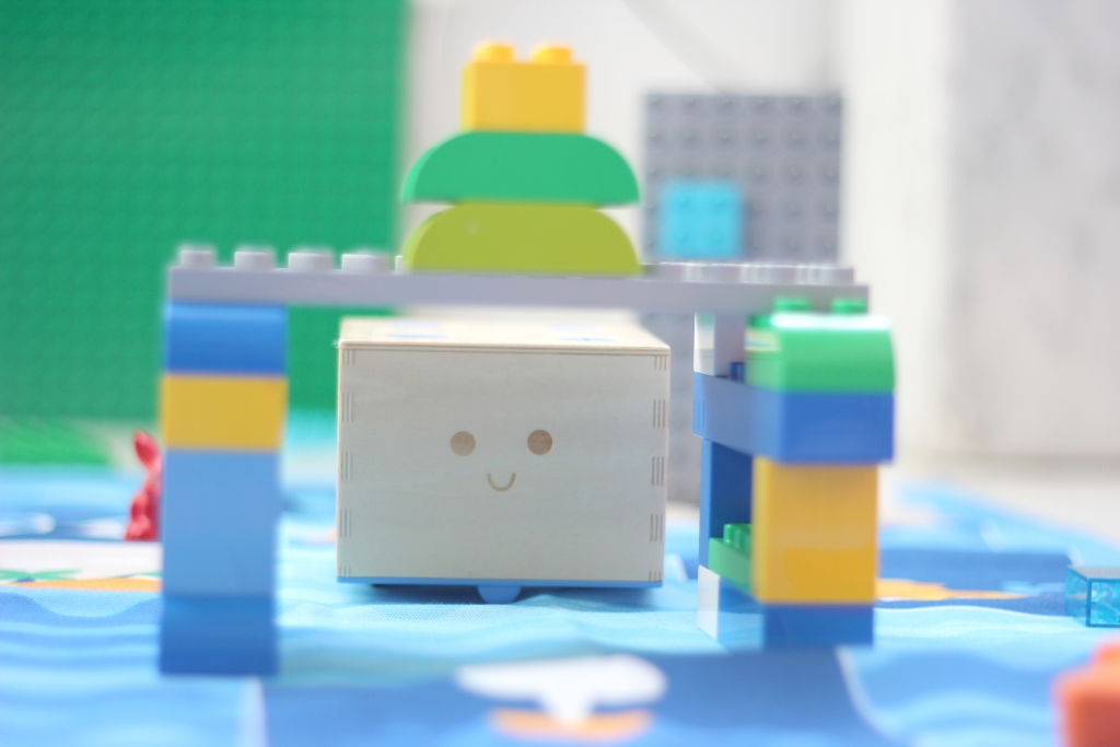Activity | Make an Obstacle Course with Blocks